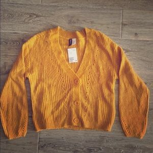 NWT H&M DIVIDED golden yellow cardigan sweater XS